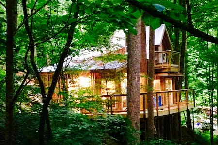 Sugar Creek Treehouse - Treehouse