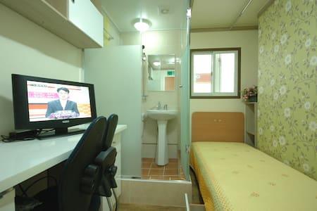 쉐르빌리빙텔(Shervilivingtel-main)       ----Room type B - Piso entero