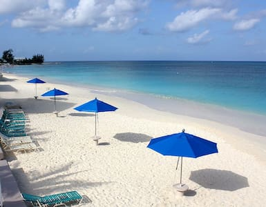 #1 BEACH :: CAYMAN - CORAL SAND BEACH FRONT - Appartement
