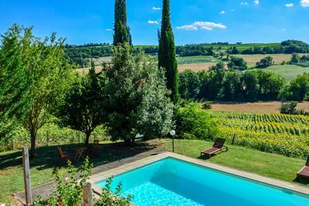 Unique country villa - Newly refurbished + pool - Todi - Villa