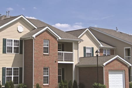 2bd/2ba Residences @ Scioto Crossing, in Dublin - Apartment