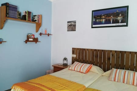 cozy double room with A / a - Porto Cristo - Rumah