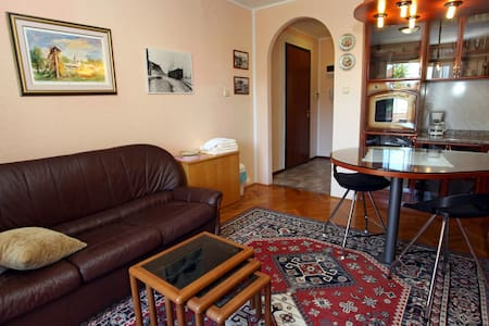 LP1 Apartment with AirCon & WiFi - Lucija - Wohnung