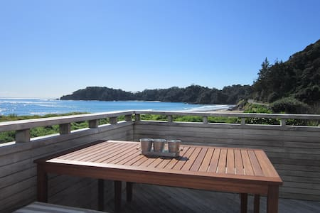 Spectacular Woolleys Bay! - House