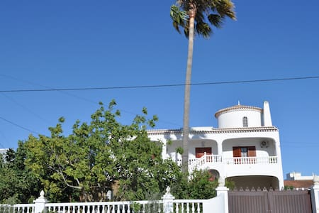 Palmtree CountrySide House 10m from Beaches by Car - Algoz - Haus