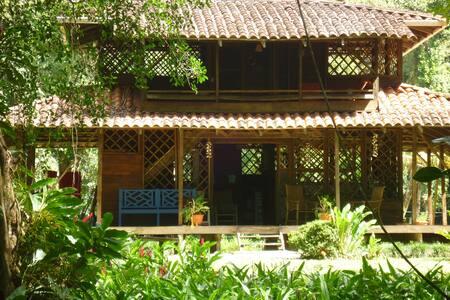 Beachfront house in Playa Ballena - Uvita - House