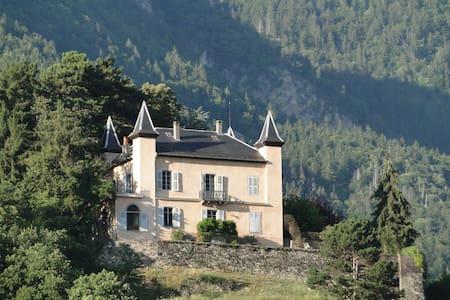 Grande demeure familiale 300m², vue panoramique - Kasteel