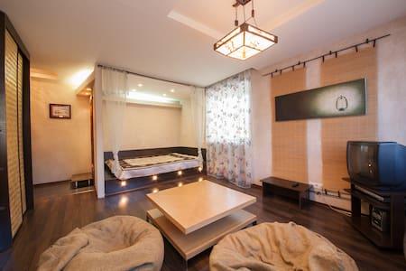 Уютная однокомнатная квартира в центре Красноярска - Wohnung