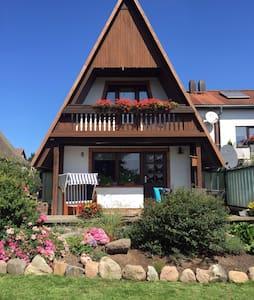 Ferienwohnung Alte Liebe Eggerstorf - Zierow - Casa