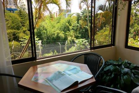 Inmerso en la naturaleza - Apartment