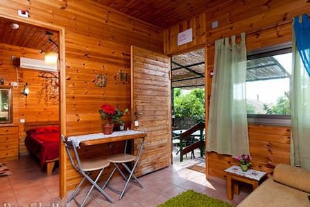 "Romantic cabin ""Arbel"" sea of galilee - Cabanya"