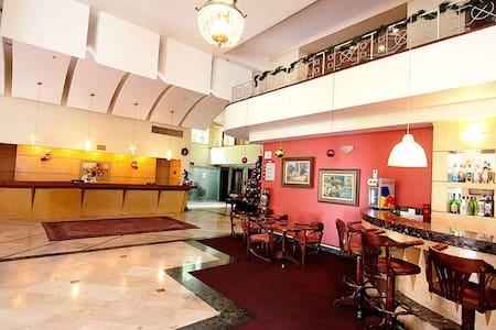 Hotel Carlton Plaza - Oda + Kahvaltı
