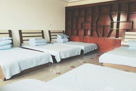 多人房 - Villa