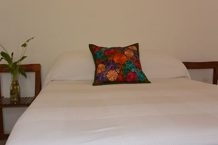 PrivateRoom BestLocation Walk everywhere! Quality - Cancún - Huis