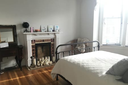 Beautiful Victorian in Hayes Valley - San Francisco - Apartment