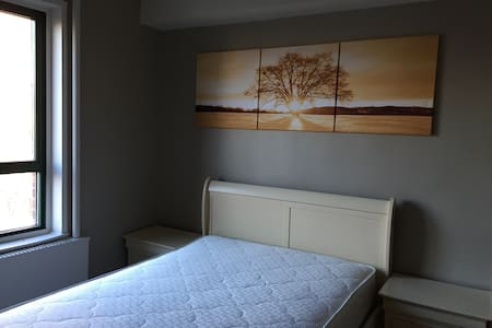 Natural light comfortable room! - Condominium