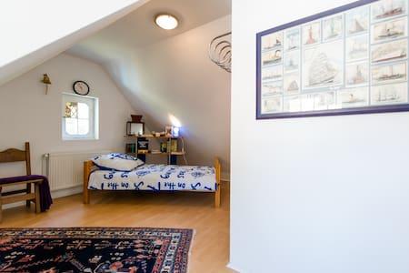 Морская комната в старинной вилле на лоне природы - Unterlüß - Leilighet