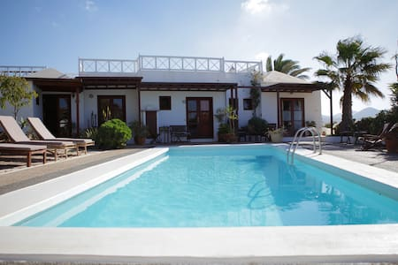 Double room with private bathroom - Sóo - Bed & Breakfast