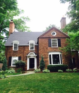 RNC - Beautiful House in Shaker Heights - Lakás