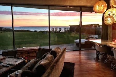 Modern Luxury Villa with Amazing Seaview! - Rohuneeme