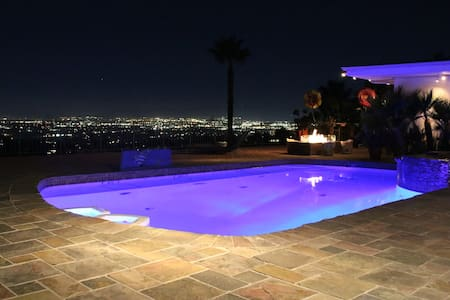 Mulholland Dr best views - Los Angeles - House