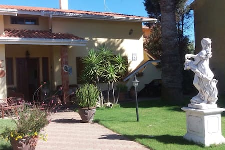 Appartamento in villa indipendente - San Giovanni Suergiu - House