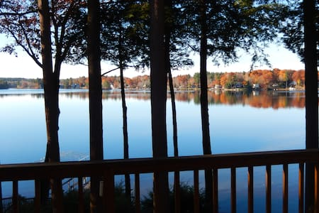 4Br Lakefront/Ski Home in Otis - Otis - Dom