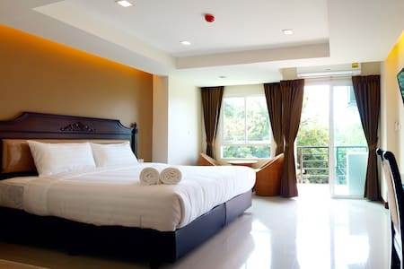 V Residence Pattaya - Muang Pattaya - Bed & Breakfast