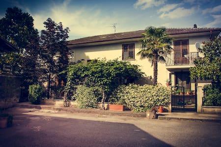 Casa Ragone - House
