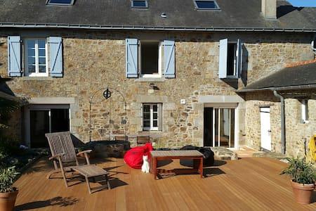 Superbe Maison en pierre - La Bigottière