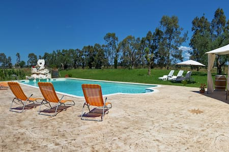 425 Country House with Pool - San Donaci - Villa