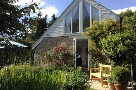 The Little House in the Garden - Marshfield - House