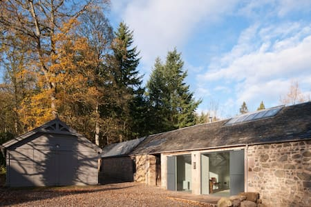 Rural Sawmill Cottage near Perth - Bungalow