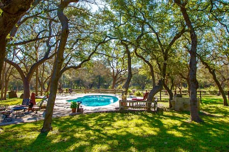 Tonne Oak Ranch - New Braunfels - Casa