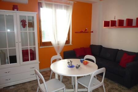 Mono Arancio int. 2 e int. 3 - Sampieri - Lejlighed