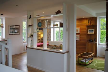 Maison familiale avec jardin à 3 minutes de Dinard - Haus