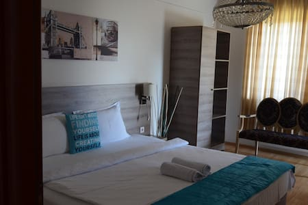 Korall Suites & Apartments - Satu Mare - Appartement