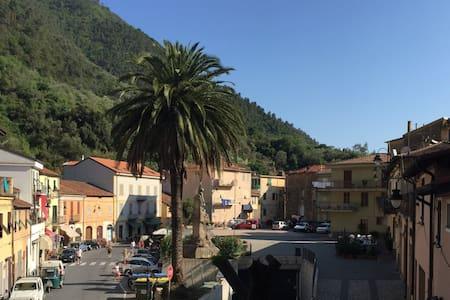 Belle Maison de village Badalucco - House