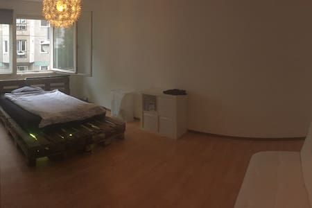 Most Central Appartment in Berlin! - Berlino - Appartamento