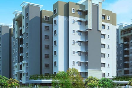 A cozy 2 bed room unit in Ozone. - Bangalore