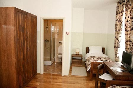 Rooms in center of Ogulin - Bed & Breakfast