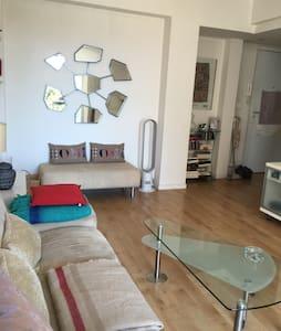 2 pièces charmant et spacieux - Apartment