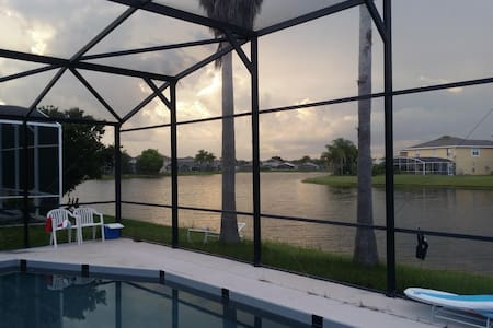 lakeviewing and windhearing room - orlando - Orlando - House