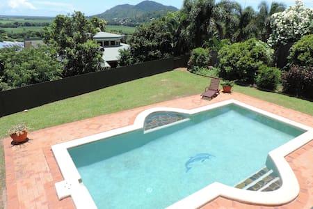 Tropical relaxing haven - Bed & Breakfast