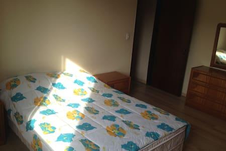 Conforto perto do centro - Caxias do Sul - Apartament