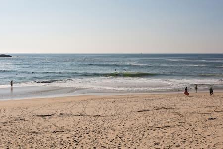 T2 Recuado praia - Mindelo