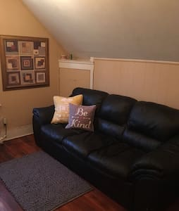Cozy Little Italy 1BD Apt. - Cleveland - Apartment