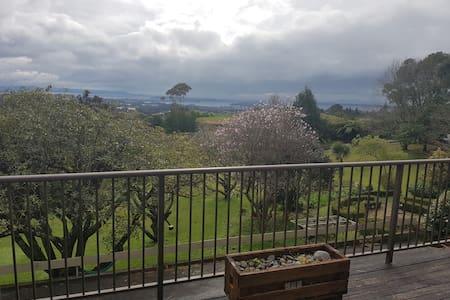 Minden Rd ,Te Puna amazing views - Casa
