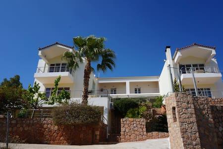 Villa Korfos - Korfos
