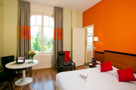 Studio en face du Centre Thermal - Luxeuil-les-Bains - Apartament